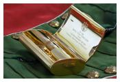 Gold snuff box presented Royal Irish Fusiliers 1953 Germany