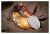 Captain Charlton Smith's powder horn